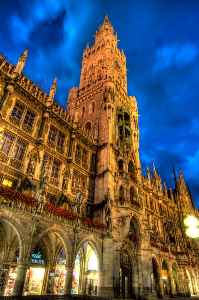 Munich - Rathaus HDR
