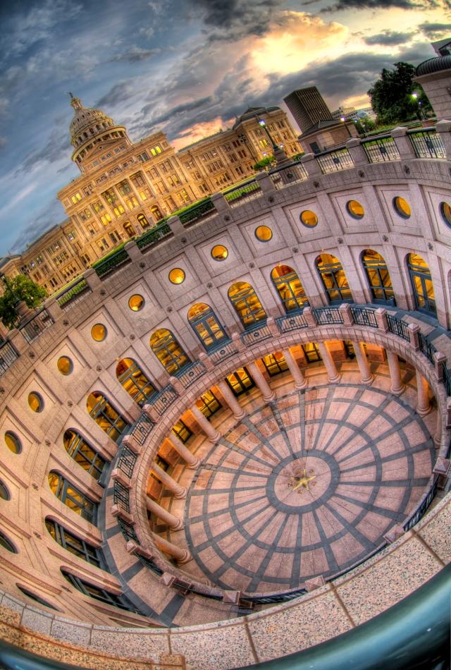 Austin Capitol Dizzy HDR
