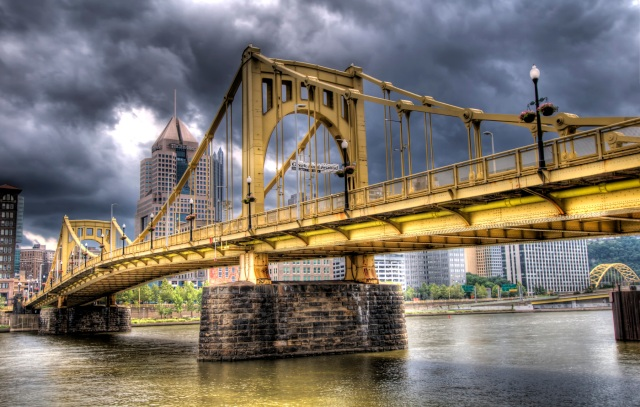 Clemente Bridge HDR