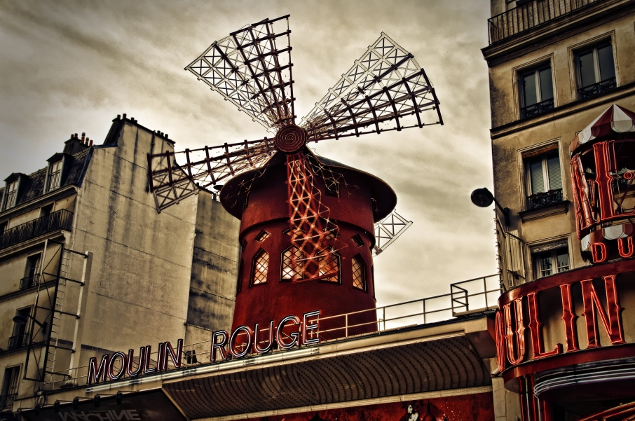 Moulin Rouge HDR