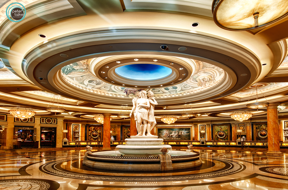 how to get to caesar windsor hotel lobby