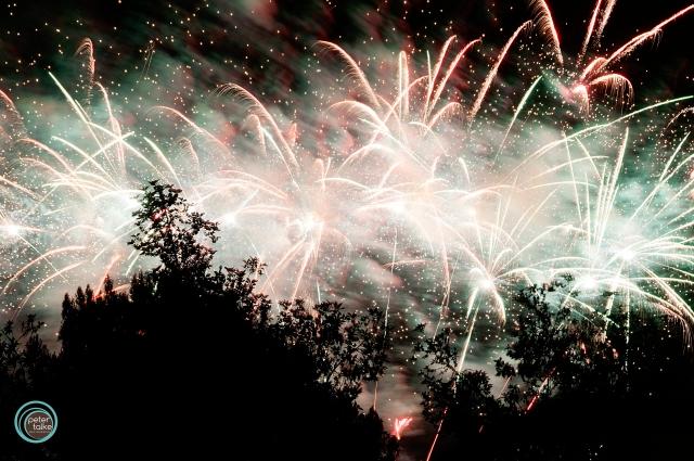 YL Fireworks SW_Talke
